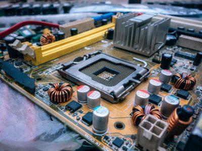 Capacitação em Manutenção e Reparação de Computadores